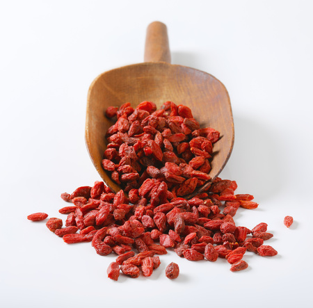 scoop of healthy goji berries on white background Reklamní fotografie - 101584760