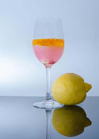 Apero with lemon Standard-Bild