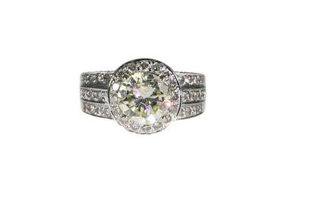 riek: Platinum White Gold Diamond Engagement Ring Met Wedding Band Geïsoleerd op witte achtergrond