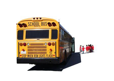 School Aged Children Anreise eine Schule Bus auf einem Field Trip Isolated on White