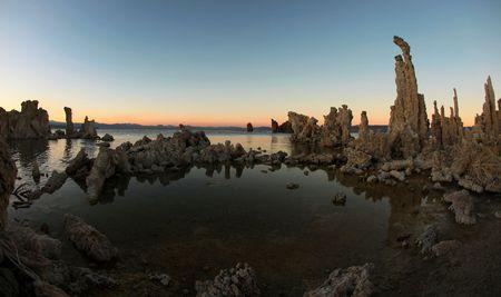 Wide Angle Mono Lake Tufas Stock fotó - 5315711