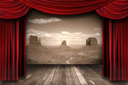 砂漠山の背景を持つ明るい赤劇場カーテン カーテン 写真素材