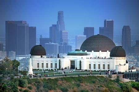 로스 앤젤레스, 캘리포니아에있는 그리피스 천문대 스톡 콘텐츠