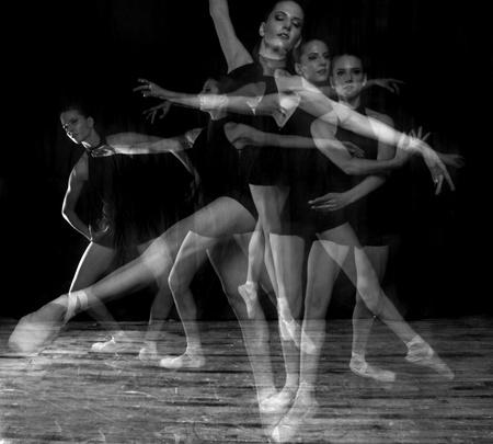 multiple exposure: Esposizione multipla Ballerina in studio su Pointe