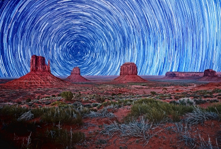 Monument Valley Landscape Before Sunrise Stock Photo - 16833183