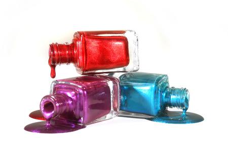 赤青と紫の積み上げの爪のポーランド語のサロン コンセプト 写真素材
