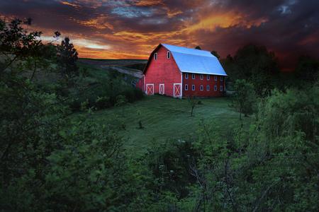 Stunning Red Barn in Rural in Palouse Washington