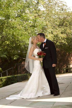 Bruid en bruidegom Outdoors