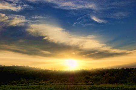 fondo azul: sunrise in the morning sky