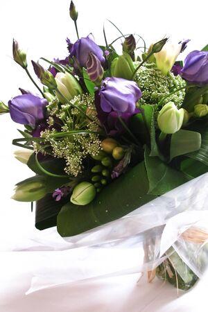 Ein Bündel von lila und weiße Blume Standard-Bild