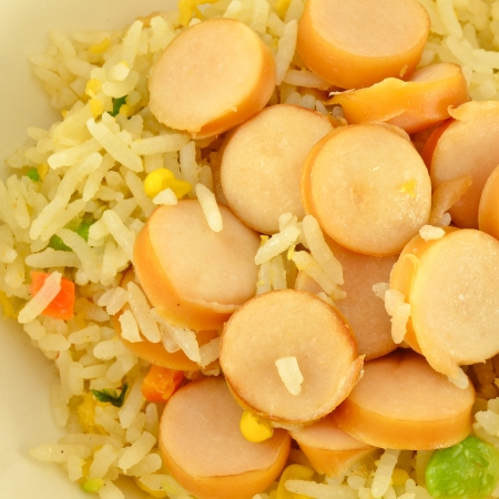peanut sauce: Fired rice with sausage