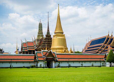 kaew: Wat Phra Kaew of Bangkok, Thailand.