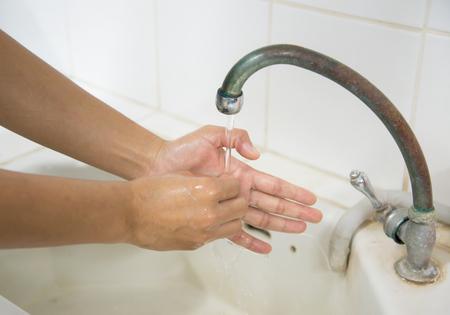 lavarse las manos: Día de Lavado de Manos Mundial (GHD) es una campaña para motivar y movilizar a la gente en todo el mundo para mejorar sus hábitos de lavado de manos lavándose las manos con jabón en momentos críticos a lo largo de cada día. Se lleva a cabo el 15 de octubre de cada year.systematic