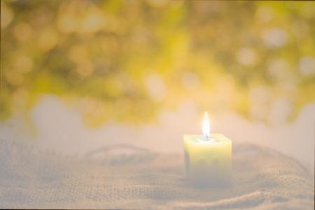 iglesia: luz de las velas
