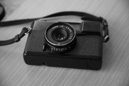 cliche: Old retro camera black and white tone
