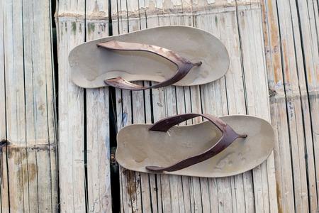 sandalia: sandalia en el concepto de tiempo de vacaciones.