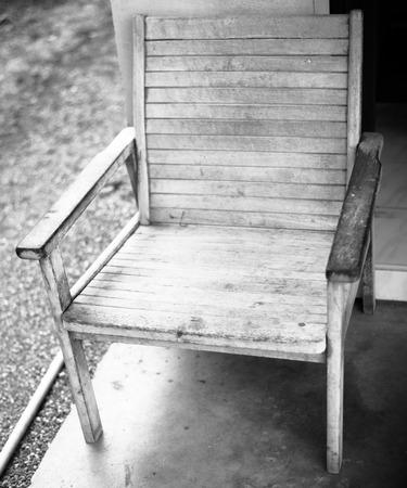 silla de madera: silla de madera vieja de la vendimia.