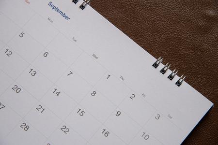 flicking: calendar page