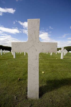 cross in an American cemetery