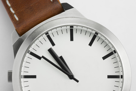 Analog watch with space for a conceptual visualization of a text to be determined