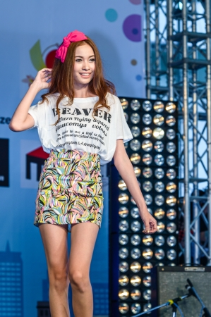 BANGKOK - AUGUST 31   Japanese Fashion Show from JAPAN in Japan Festa in Bangkok 2013 on August 31, 2013 at Central World, Bangkok, Thailand