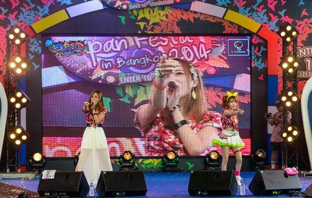 BANGKOK - AUGUST 30 : Tanaka Reina and Okada Marina from LoVendor Group in Japan Festa in Bangkok 2014 Enter 10th Celebration? on August 30, 2014 at Central World, Bangkok, Thailand.