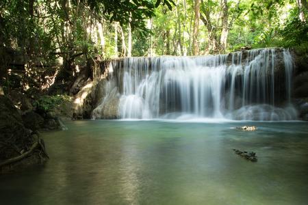 Waterfall at Huay Mae Khamin Nation Park Kanchanaburi Thailand Foto de archivo