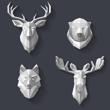 De hoofden van de dieren in het bos zijn opknoping op de muur. Hoofd van de witte polygonen. Abstract dieren. De jachttrofeeën in de veelhoekige stijl. illustratie Stock Illustratie