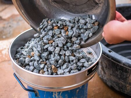 Laboratory, Standard Testing Method for Clay Lumps and Friable Particles in Rock Aggregates in Construction Work, Dam, Tunnel, Highway
