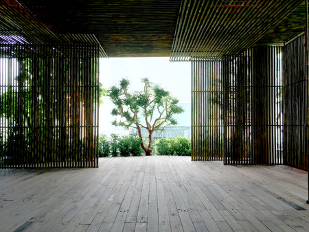 modern interior design: bamboo wall space room