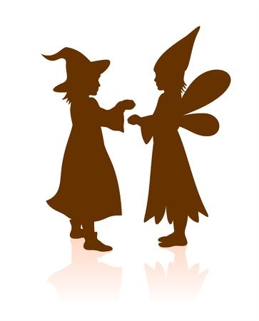 silueta masculina: Dos oscuras siluetas de los ni�os en Halloween vestido. Brujas y hadas.