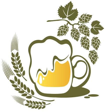 白い背景上に分離されてビール マグカップと小麦の耳。