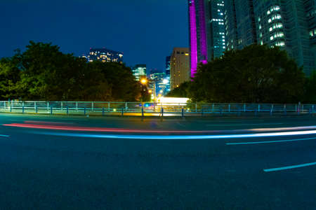 A night urban city street in Shinjuku wide shot Banque d'images - 157438679