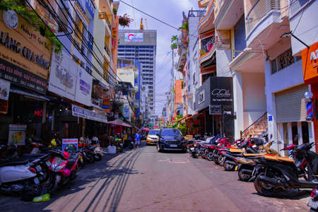 A traffic jam at the busy town in Ho Chi Minh wide shot Banque d'images - 157809710