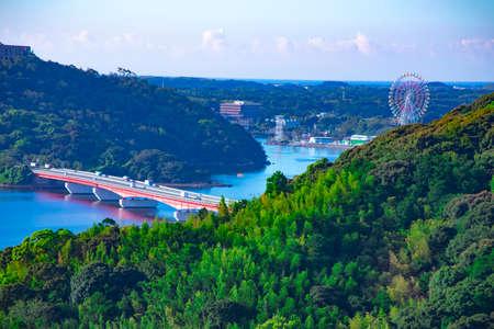 Okuhamana lake near the bridge high angle long shot Banque d'images