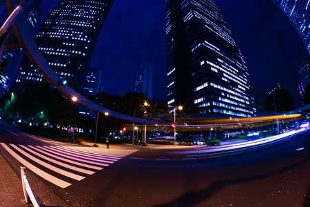 A night urban city street in Shinjuku wide shot Banque d'images - 158111102