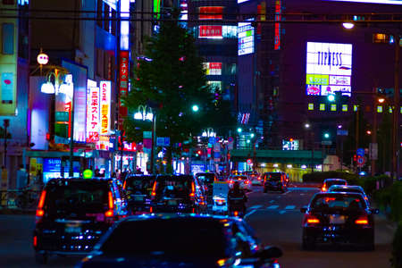 A night neon street in Shinjuku long shot Banque d'images - 158498671