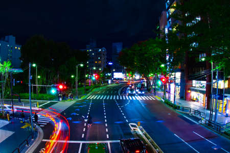 A night neon street in Shibuya wide shot Banque d'images - 158612555