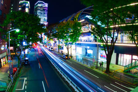 A night neon street in Shibuya wide shot Banque d'images - 158612050
