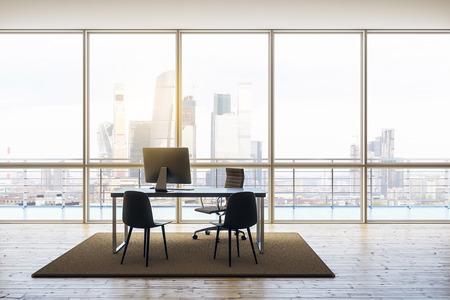 nowoczesne biuro na najwyższym piętrze z minimalnymi meblami, oknami od podłogi do sufitu, drewnianą podłogą i widokiem na miasto. renderowanie 3D Zdjęcie Seryjne