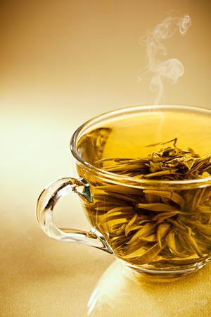 sencha tea: Cup of fresh green japanese tea on the desk, healthy backgrounds