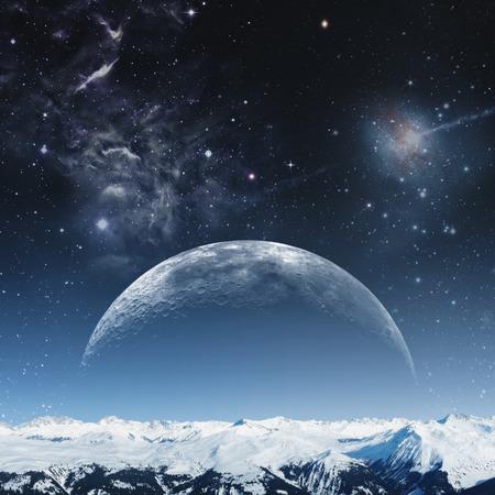 montañas nevadas: noche de niebla en los montes, fondos abstractos naturales