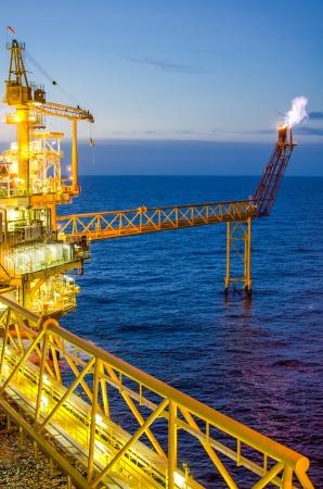 Plataforma offshore no sul da Tail