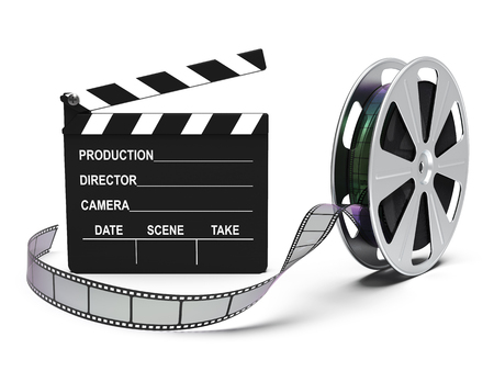 Filmrolle und Kino klatschen isoliert auf weißem Hintergrund 3D-Rendering Standard-Bild