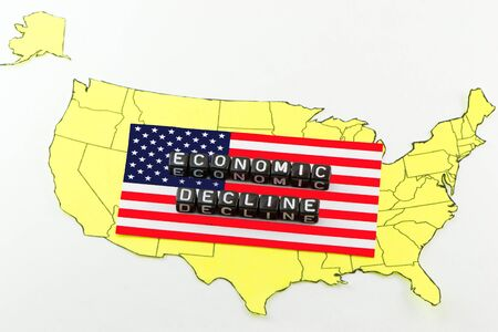 reduce risk: The fall of the US economy