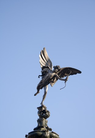 eros: Eros (Anteros) - Statua di Piccadilly Circus a Londra