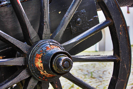 artillery: Artillery gun wheel