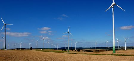 powerplants: Field of wind powerplants