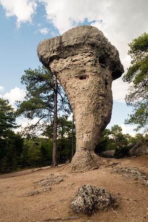 매혹적인 도시 쿠 엥카에서 카스티야 라 만차, 스페인의 독특한 암석의 이미지