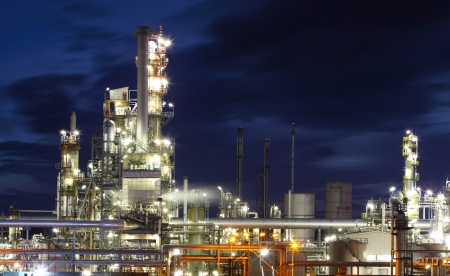 Oil and gas refinery at twilight  - Petrochemical factory Stock Photo - 16466069